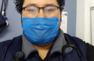 4.-El-médico-Romeo-en-la-base-de-ambulancia-listo-para-salir-a-asistir-a-un-paciente.